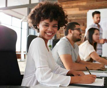 O que você acha de ter a empresa dos sonhos dos colaboradores? Assim, você garante os melhores talentos e uma alta retenção. Então, confira o post com 7 práticas para construir a empresa ideal.